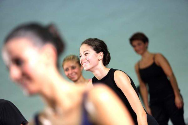 https://www.danzamaremito.it/wp-content/uploads/2017/05/2-10-600x400.jpg