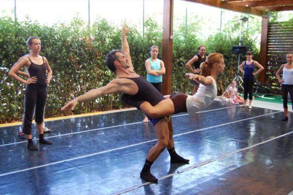 https://www.danzamaremito.it/wp-content/uploads/2017/05/57-8-600x399.jpg